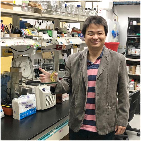 由『莊國賓』教授領軍的屏科大『動物疫苗研究所』,是全台唯一研究動物疫苗的系所。