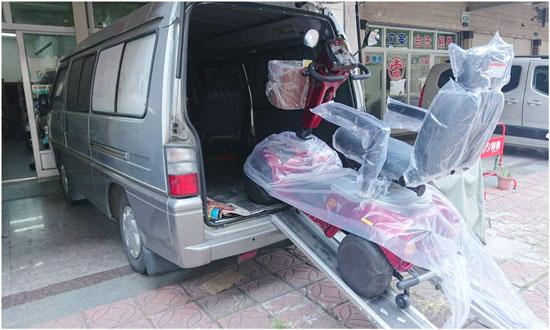 短期租車、購買新車,高雄高紅電動車提供試乘、到府教學。