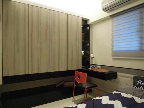 次臥室大方、簡約的室內設計風格,創造符合現代人生活需求的機能空間。