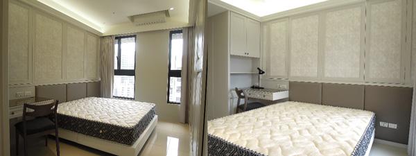 女孩房和主臥一樣採用輕美室公主風。床頭背面牆壁有玄機,線條之間其實隱藏對外窗戶,維持空間的視覺一貫性。