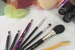 高雄,美妝保養,化妝品,保養品,美肌保養品,唇彩,唇膏,口紅,唇線筆,美麗秘境