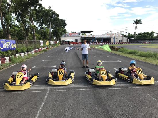 兒童小型賽車訓練班~教導兒童正確的車輛駕駛觀念及技巧。