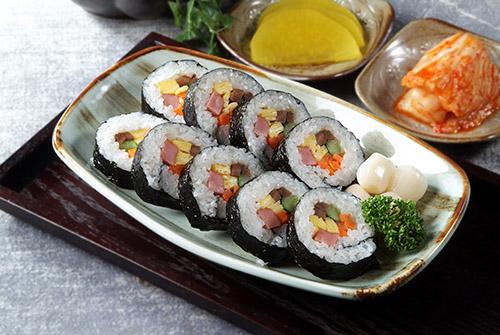 日本料理、日式料理、壽司、握壽司、炙壽司、生魚片、季節料理、創作料理、居酒屋、烏龍麵