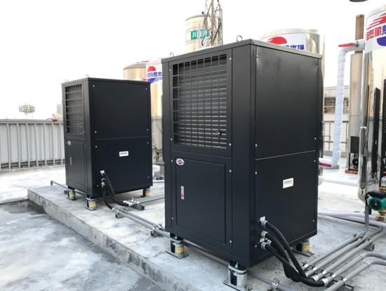 自然風熱泵熱水器3T以上機種,最高水溫可到80度。