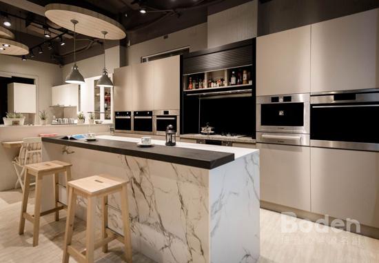 廚具各種材質,價差都不同,貼心考量客戶的需求及預算做規劃,是博登熱源名廚的強項。